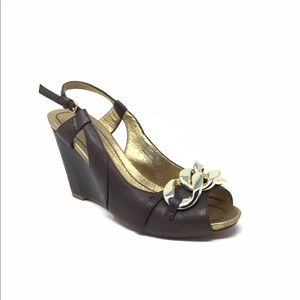 apepaZZa Wedge Sandals in Brown Leather